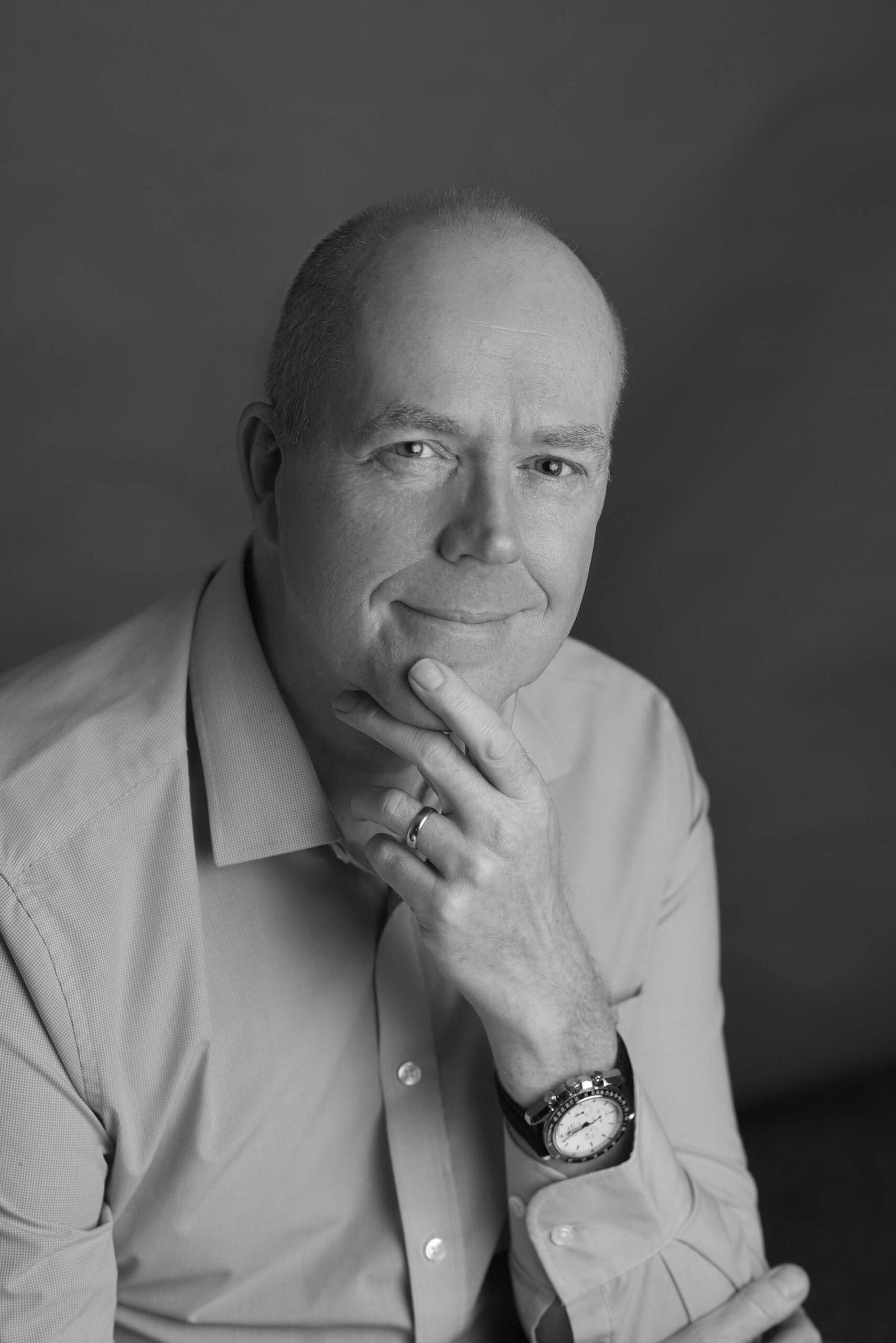 Chris Clarkson Hypnotherapist and Psychotherapist